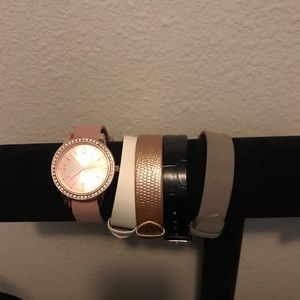 Women's watch with different bands
